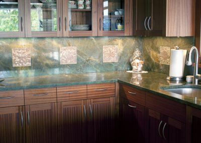 green_kitchen_counters